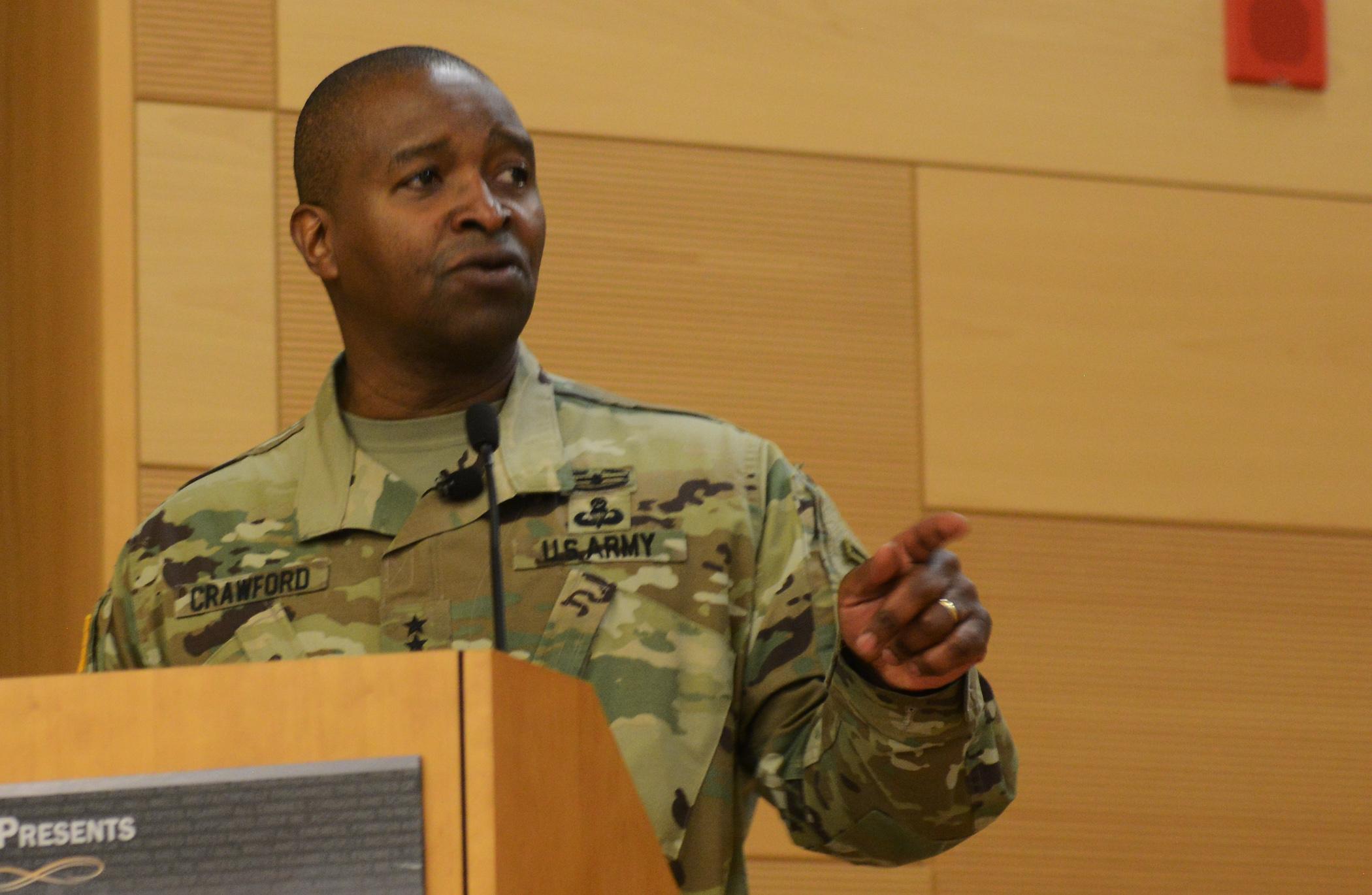 Bruce Crawford, Army