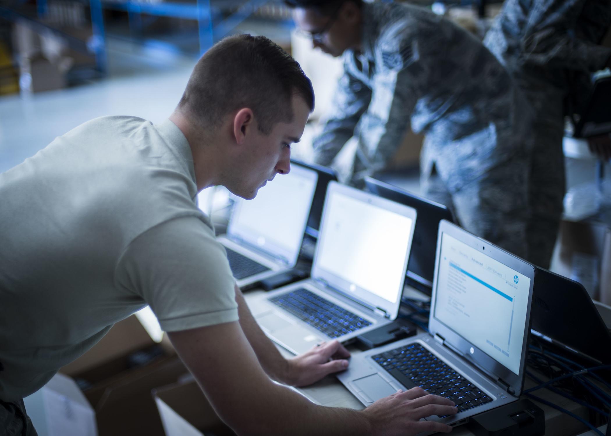 DOD's Defense Enterprise Office Solution